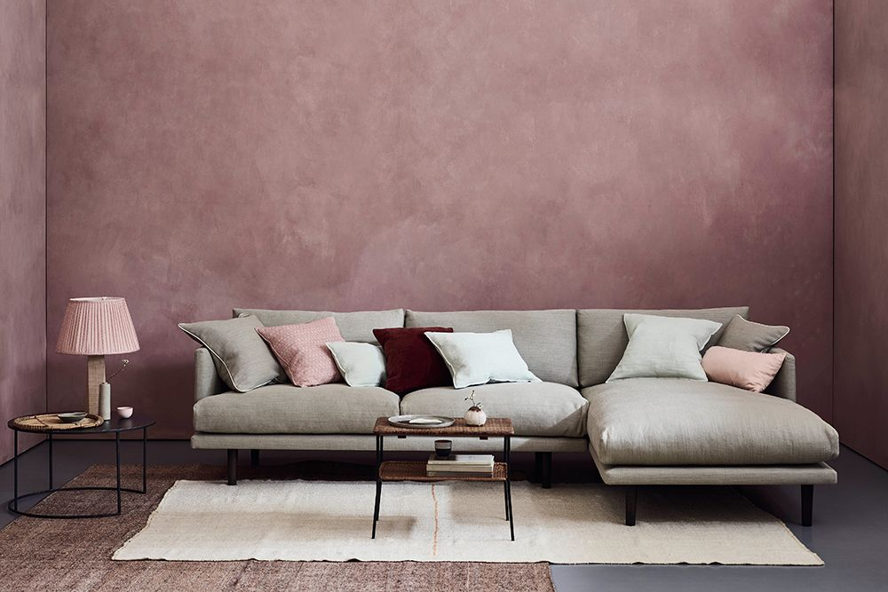 Ottilie Sofa in Pure Linen