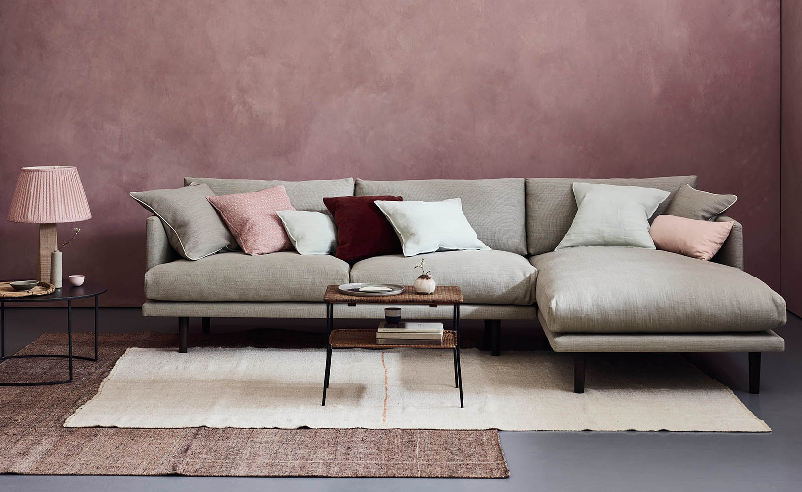 Ottilie chaise sofa